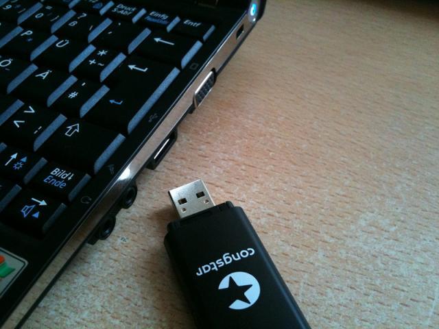 congstar Internet-Stick mit Netbook