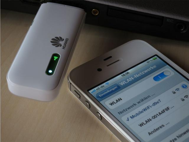 Huawei E355 Laptop und iPhone online