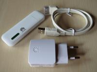 Huawei E355 Zubehör: USB-Stromadapter und Verlängerungskabel